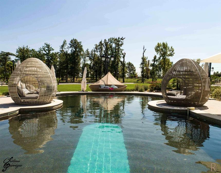 Meetings - Château de la Garrigue, vue piscine