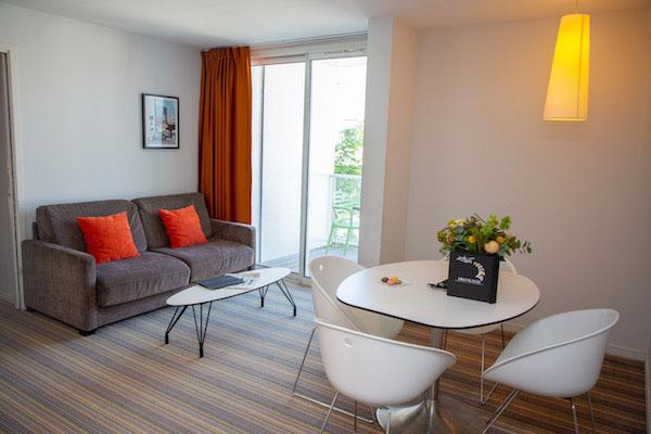 Meetings - Privilège Appart'Hôtel Saint-Exupéry, salon