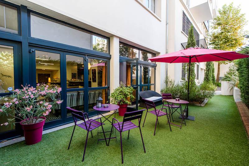 Meetings - Privilège Appart'Hôtel Saint-Exupéry, terrasse