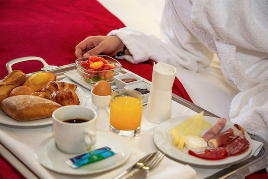 Meetings - Privilège Hôtel Mermoz, petit-déjeuner
